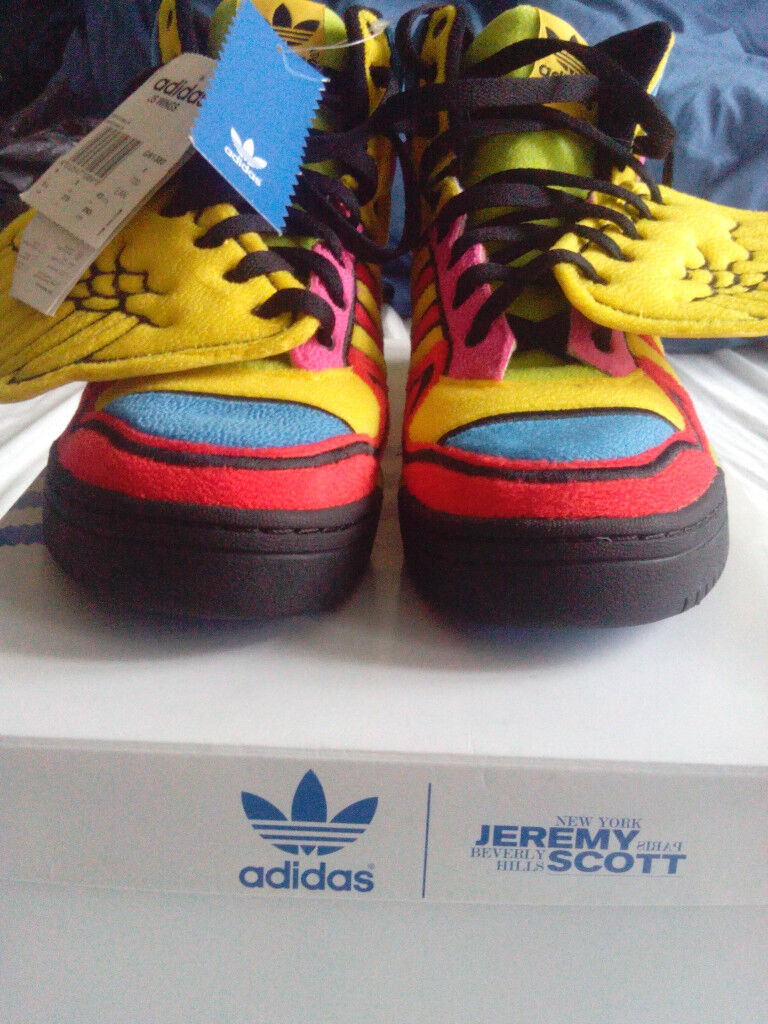 VERY RARE Jeremy Scott x Adidas Wings Trainers UK 9 (New with box) 9049bfc83