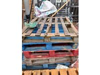 6x pallets free to collect