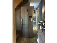 Samsung 70cm Fridge Freezer New
