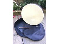 Waltons Irish 18 inch Bodhran, with tipper and carry case