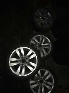 4 mags BMW E90 17 Po avec Pneus dhiver