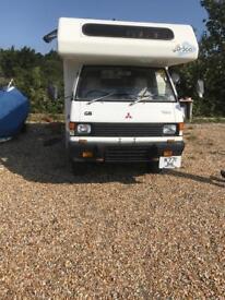 Mitsubishi 4x4 camper