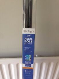 Brand new integra curtain pole with finials2x 1.5 fixed length (3m)