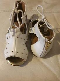 Girls river island sandals