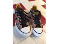 Genuine Converse-never worn (from USA) size UK 13