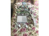 Xbox one s 1tb package 10 games 2 rechargeable controllers