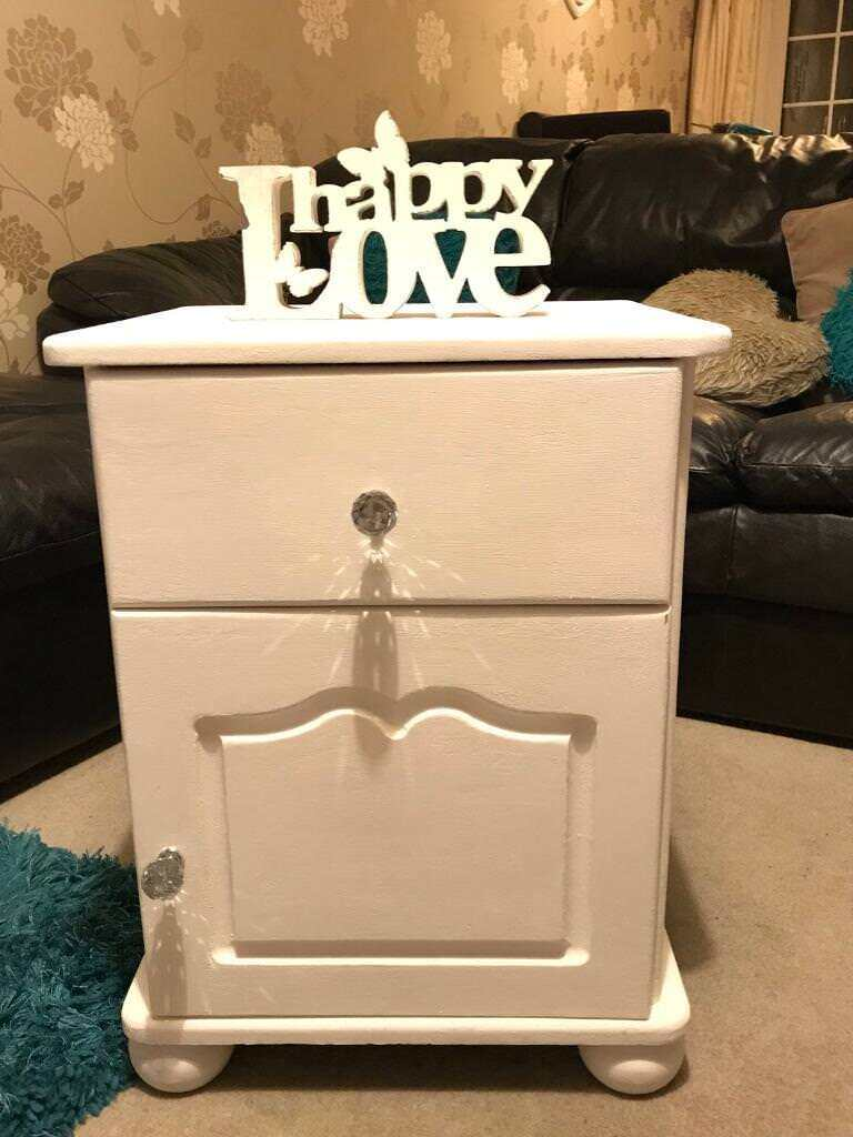 💎🎀Shabby Chic Bedside Cabinet💎🎀