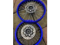 PIT BIKE 17 AND 14 INCH WHEELS