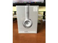 Beats Solo 2 - Wireless - Special Edition - Space Gray - Wireless bought from Apple Store