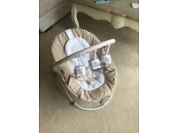 Baby Bouncer - Mothercare (Neutral colours)