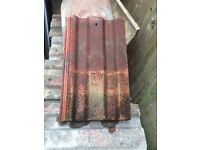 ROOF TILES IN GOOD CONDITION OVER 350 AVAILABLE IN RICHMOND