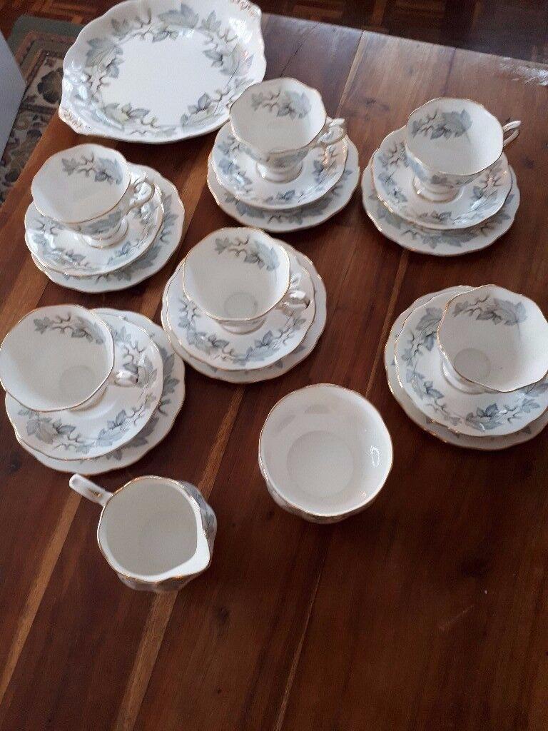 ROYAL ALBERT 'SILVER MAPLE' BONE CHINA 20 PIECE TEA SET. EXC. COND.