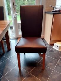 6 leather dining chairs with oak frames