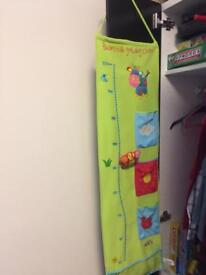 Beanstalk growing chart with handy pockets