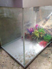 120 litre Fish tank with working filter and accessories