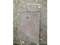 CAST IRON MANHOLE COVER SIZE 66 CMS X 51 CMS ALL GOOD NO CRACKS OR BREAKS BARGAIN £8.00