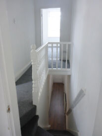 Newly refurbished 3 bed house ready to rent - Cedardale Road