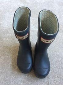 Children's Blue Hunter Wellington Boots, size UK 7