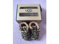 Uggs boots leopard S 6-12 moths