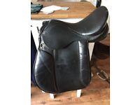 15inch black saddle