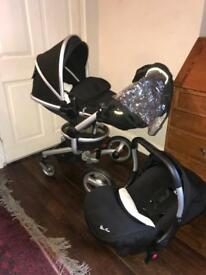 SilverCross Surf Pram and Carseat