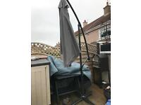 Outdoor garden over hanging cantilever parasol umbrella - large area covered