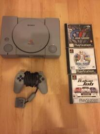 PlayStation 1 grey complete with 3 games
