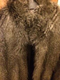 Women's FAKE fur jacket (SMALL/ 8-10)