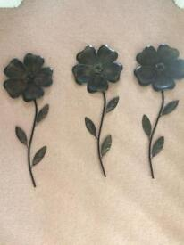 Wall art - metal flowers