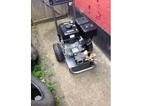Hyundai 14 HP Portable Petrol Pressure Washer (4000 PSI)