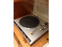 NICE JVC TURNTABLE QL-A200