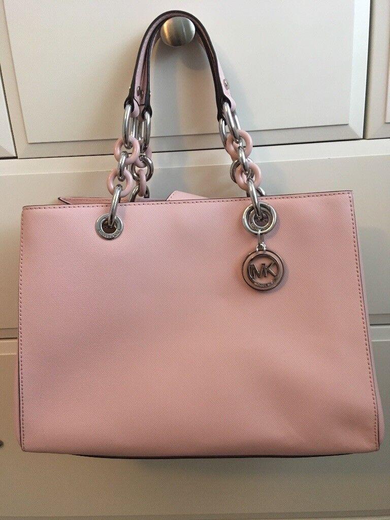 64795150d291 Baby pink Michael Kors handbag - reduced
