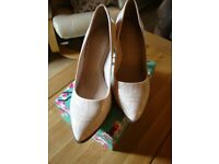 Pale Pink Patent Shoes with Crackle Glaze Size 6