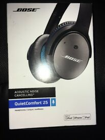 BOSE QuietComfort 25 Noise-Cancelling iPhone Headphones - Black