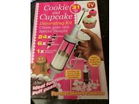 Cookie and Cupcake Decorating Kit