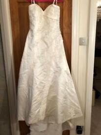 Wedding Gown Size 14, Colour Ivory