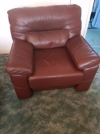 Ethos leather Arm chair from a s/f p/f home gpod condition slight marks on arms