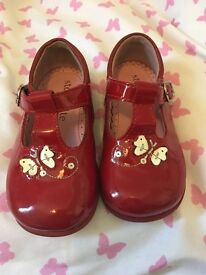Start Rite red patent shoes 4.5 G in box (£30 rrp)