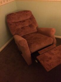 Pair of pink recliner seats chairs arm in good condition smoke free home