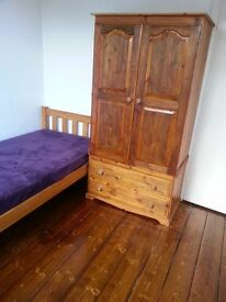Single room - bills included, Short term available.