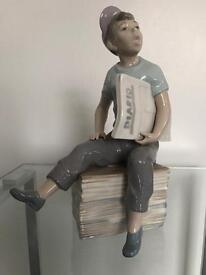 Nao Lladro Paper Boy