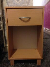 Beige MDF/Chipboard Wood Effect Material Bedside Storage Drawer Table Unit - Very Good Condition