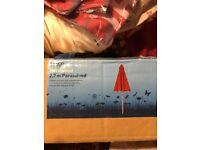 Hardwood parasol in red