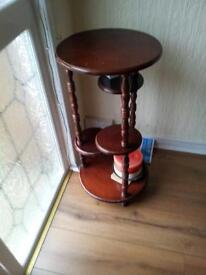 Telephone/plant pot stand