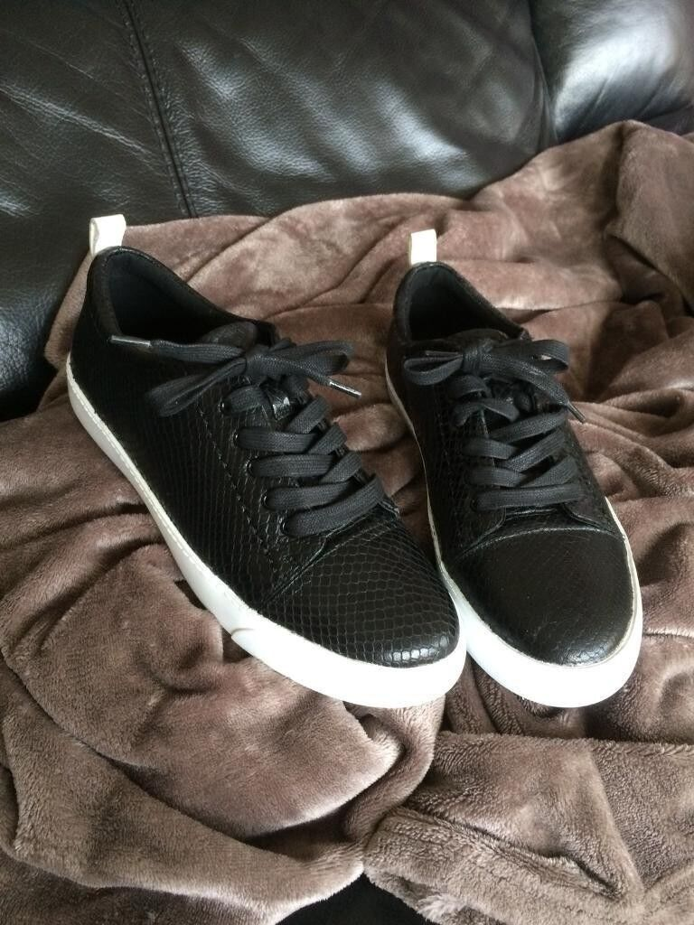 Women's Clarks shoes size6 uk