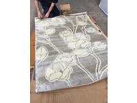 Large designer rug 150x210cm
