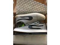 DUFFS Mens Axle canvas shoes size 11