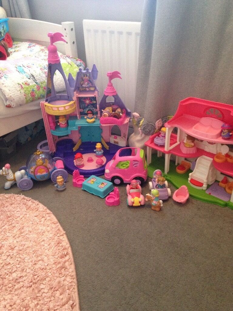 Little people bundlein Derby, DerbyshireGumtree - Little people bundle for sale no longer played with. Immaculate condition smoke and pet free house. Includes working castle and house both have sounds and songs. Also includes cinderellas coach in working condition song and lights up. Working...