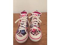 George floral sneakers Size 4