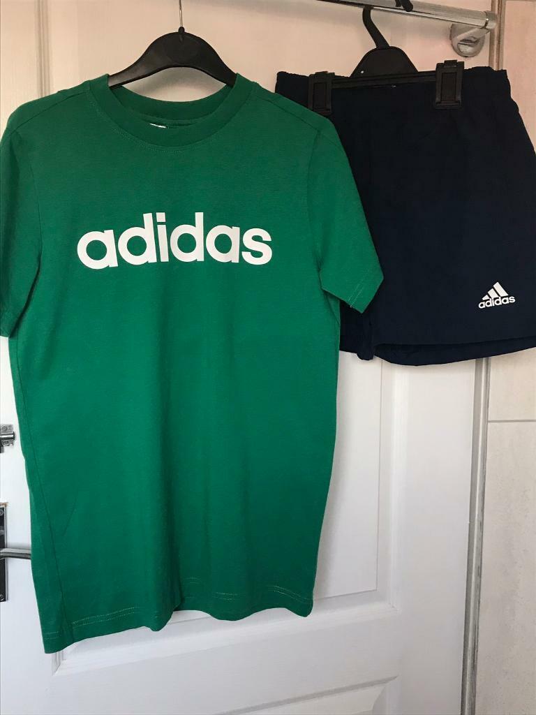12b968ae3b03b4 Boy adidas short and t-shirt set age 11 12